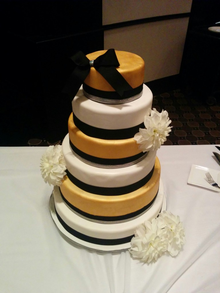 Wedding cake for 225